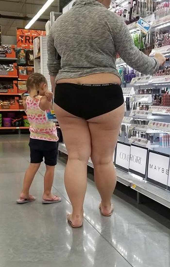 The 20 Most Ridiculous People of Walmart Photos -15