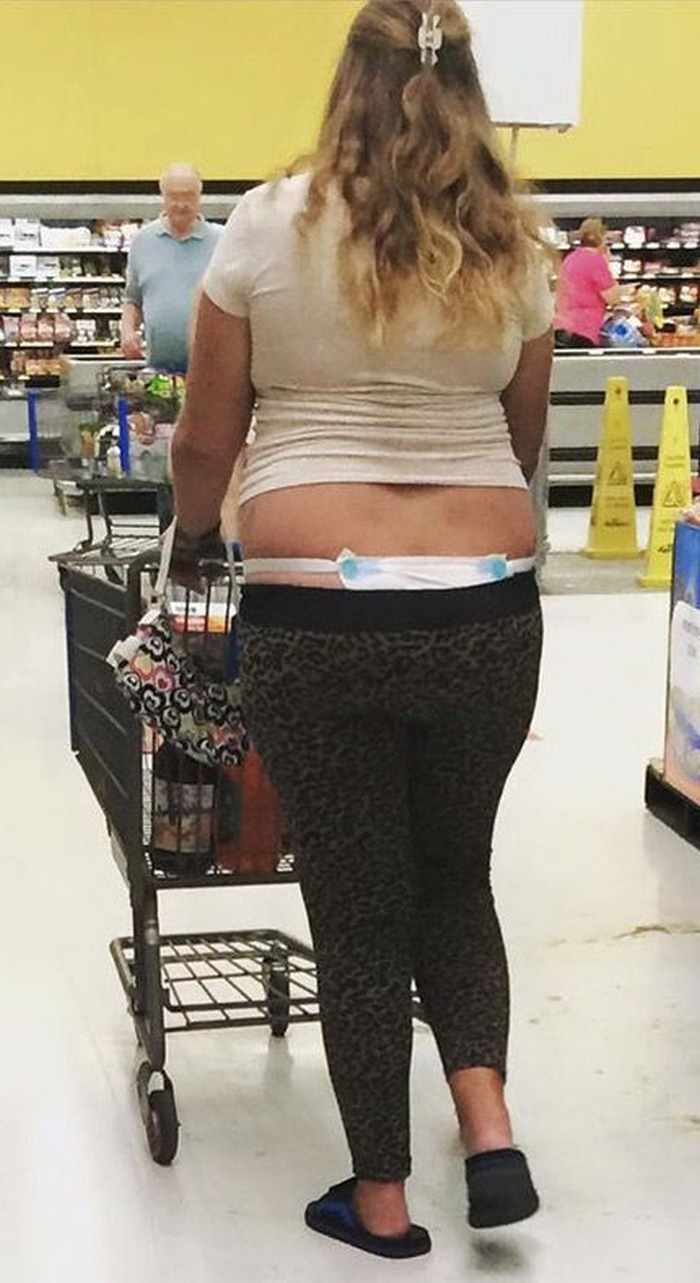The 20 Most Ridiculous People of Walmart Photos -16