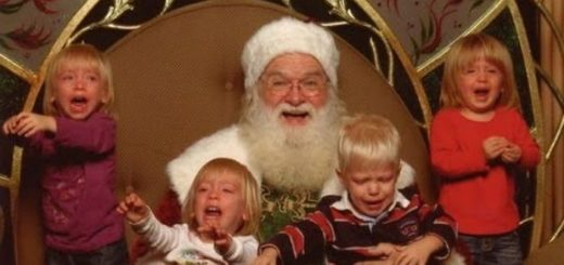 insanely-creepy-santa-claus-christmas-20