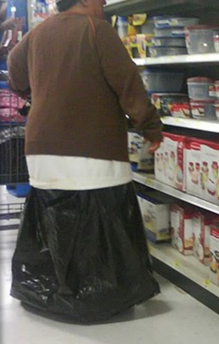 The 35 Funniest People Of Walmart Pictures of All Time -05