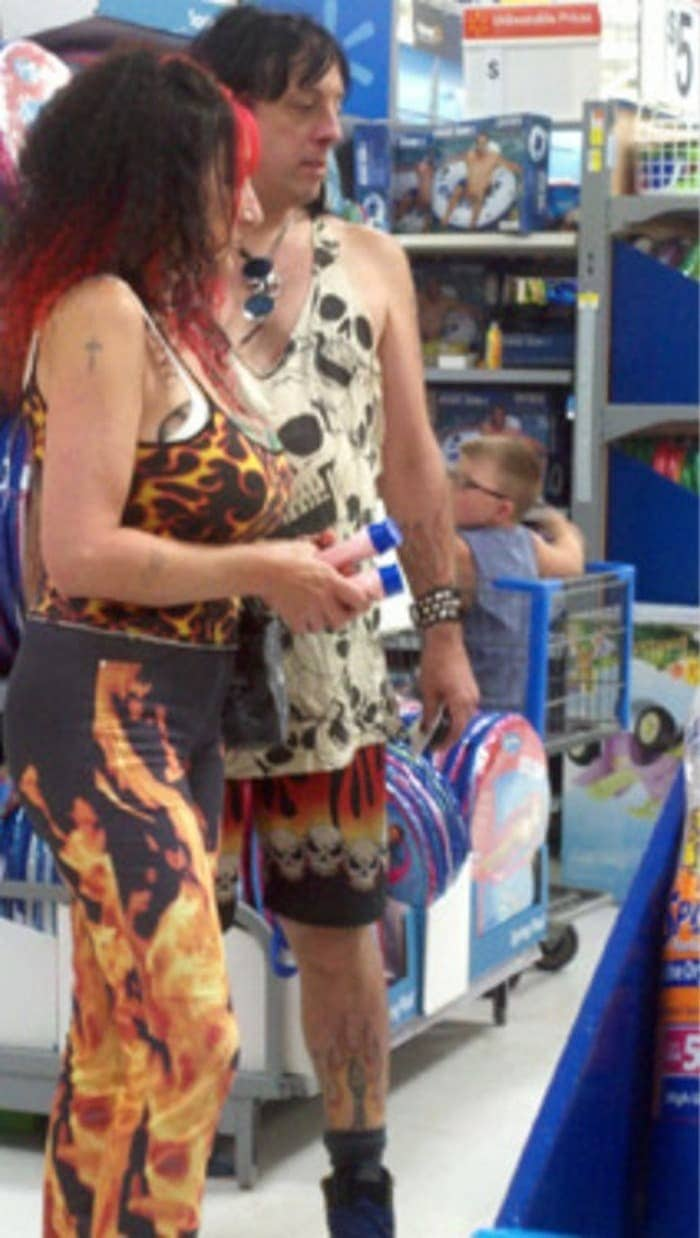 The 35 Funniest People Of Walmart Pictures of All Time -13