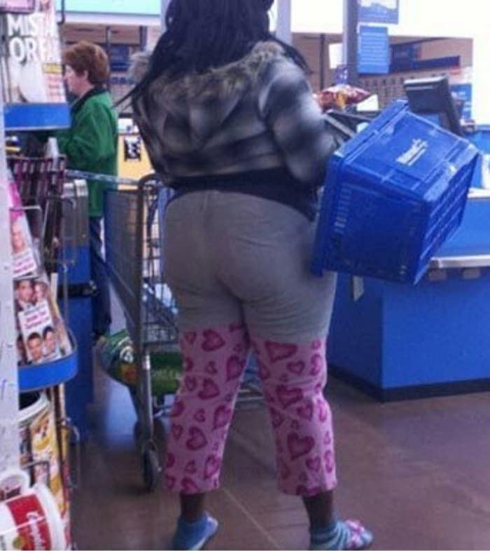 The 35 Funniest People Of Walmart Pictures of All Time -16