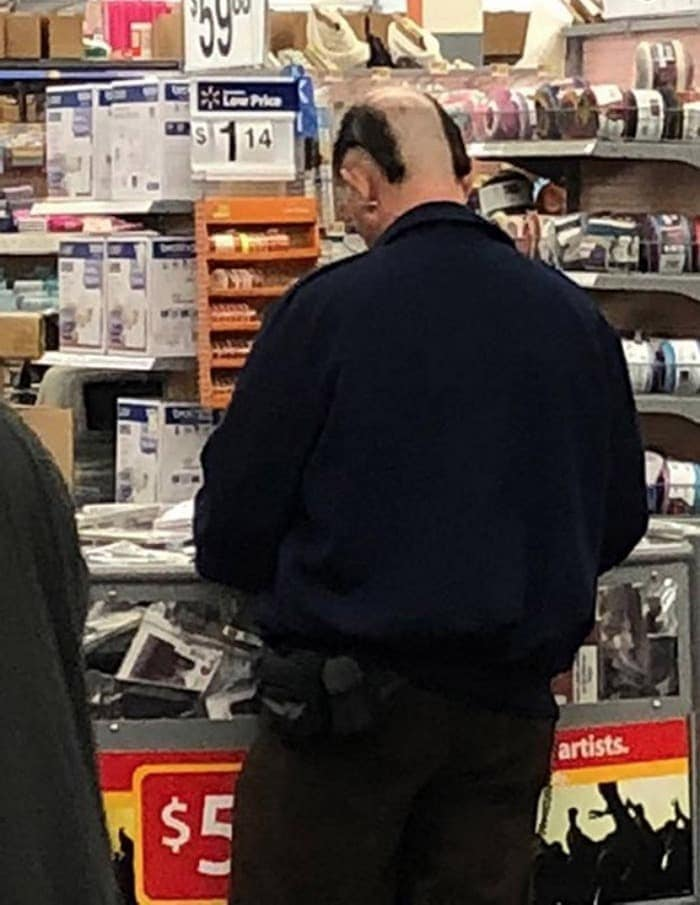 The 35 Funniest People Of Walmart Pictures of All Time -33