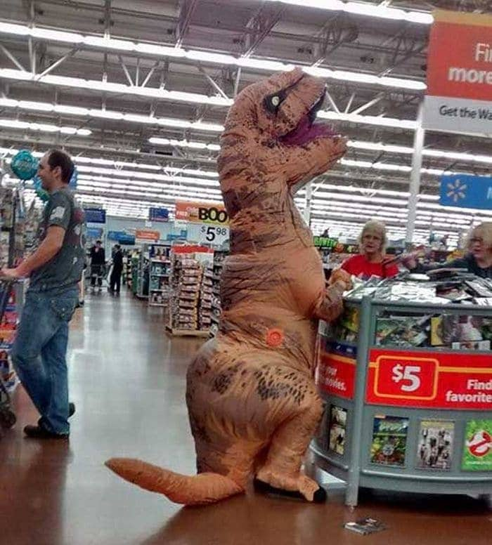 The 24 Weird People of Walmart That Are on Another Level -03