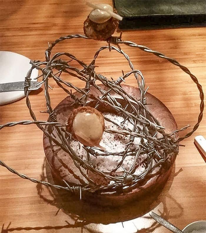 30 Funny Pictures of Serving of Dishes in Restaurants Will Blow Your Mind -29
