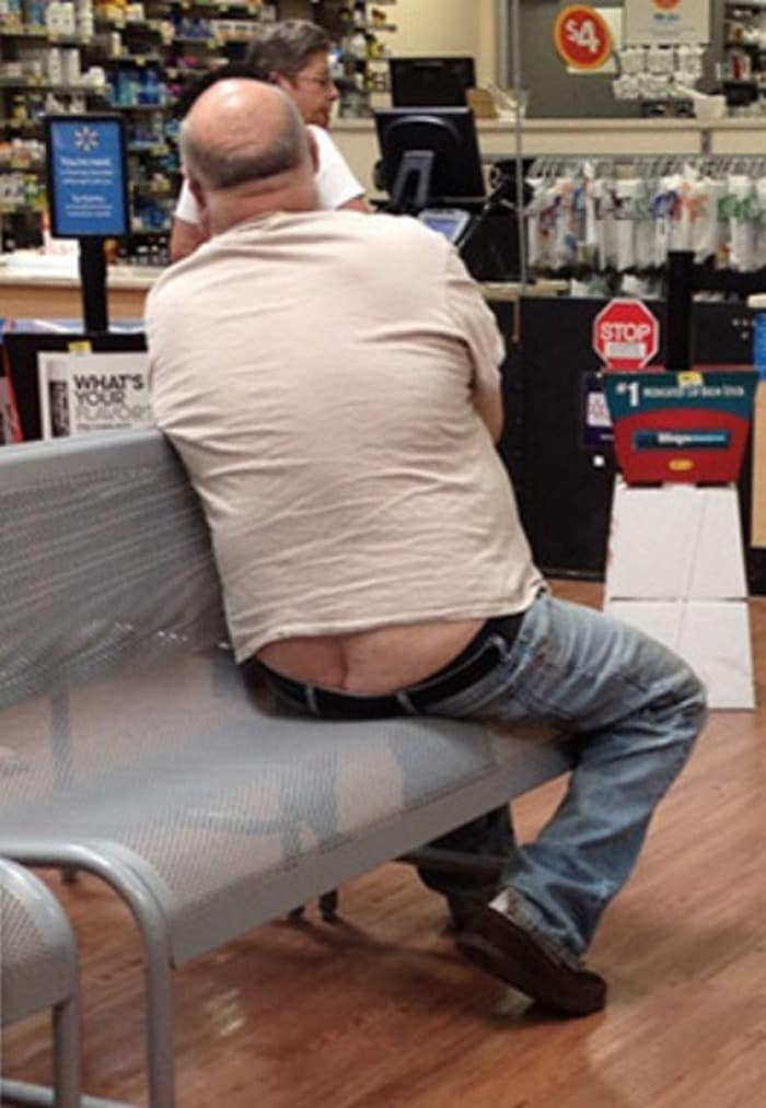 25 Ridiculous People of Walmart You Hope to Never Run Into -12
