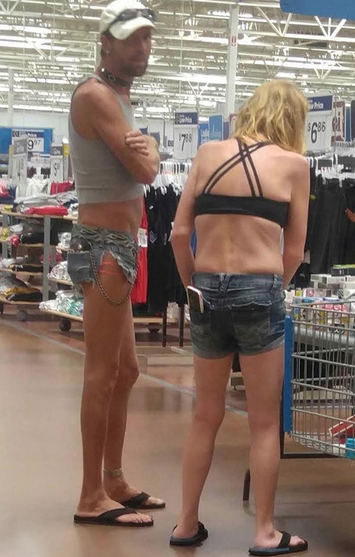 25 Ridiculous People of Walmart You Hope to Never Run Into -24