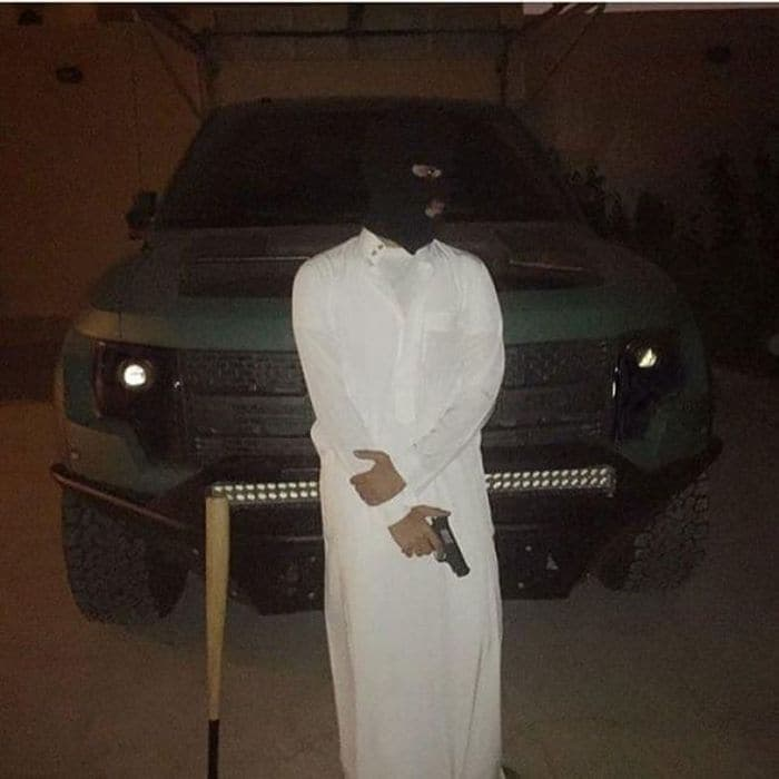37 Pics of Rich Kids of Saudi Arabia That Will Amaze You -01