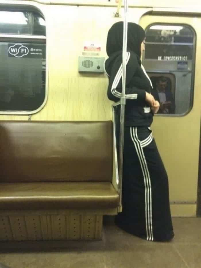 The Weirdest People Ever Found Riding On The Subway -07