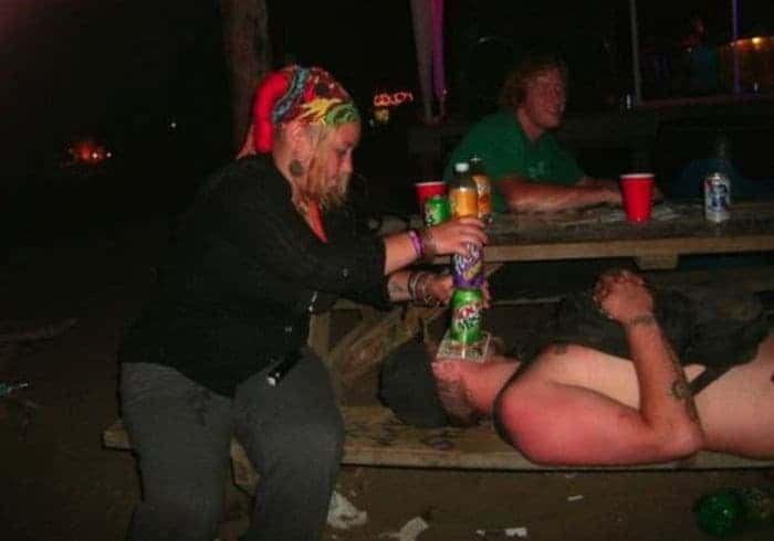 48 Ridiculous Drunk People That Will Shock You -04