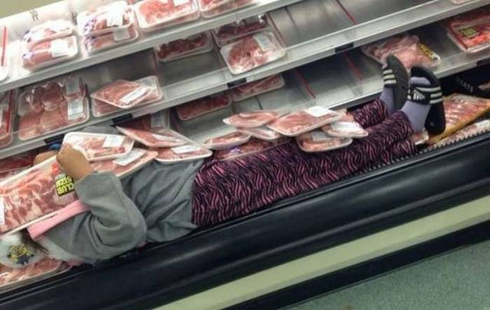 18 Funny Shopping Images That Will Shock You-08
