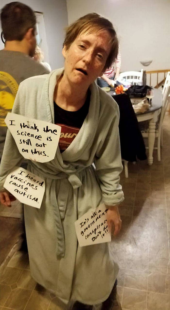 45+ Mind-blowing Halloween Costume Ideas-40