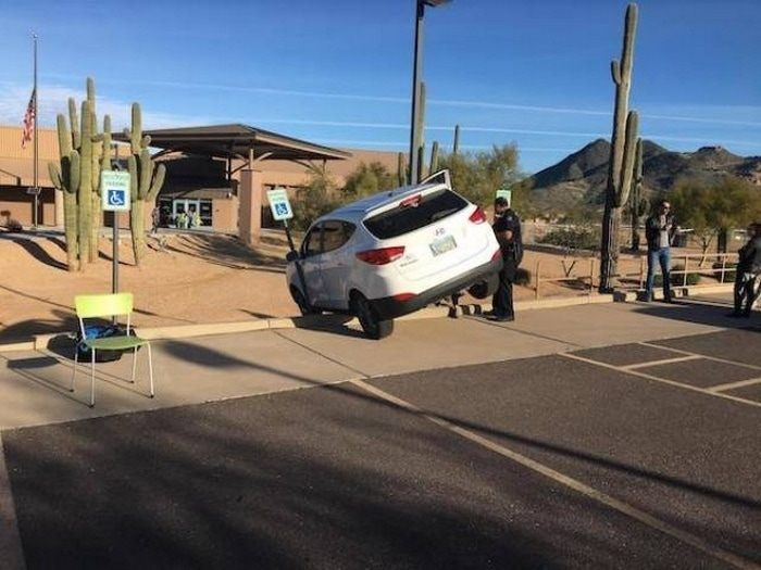 35+ Bad Drivers Who Should Not Be Allowed To Drive-11