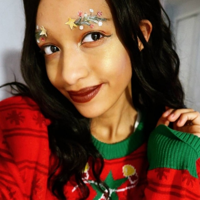 15 Hilarious Christmas Tree Eyebrows That Will Feel You Festive-05