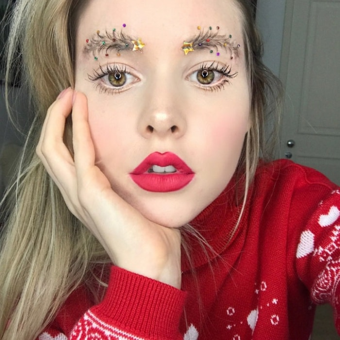 15 Hilarious Christmas Tree Eyebrows That Will Feel You Festive-13