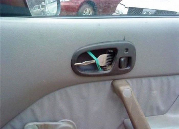Redneck Repairs That Amazingly Work (30 Photos)-06