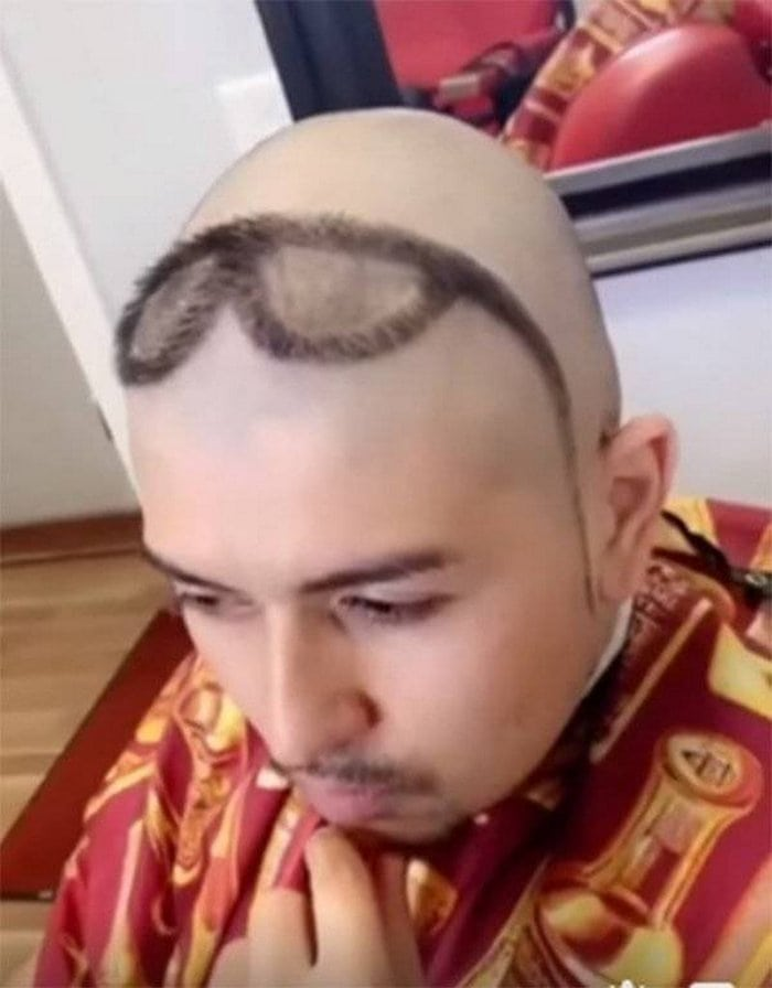 65+ Funniest Haircuts That Will Make You Cringe-07