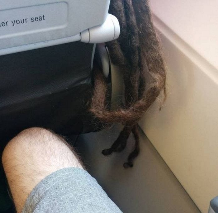 Awkward Airplane Moments That Are Funny And Scary (18 Photos)-05