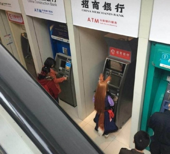 40+ Only In Asia Photos That Will Make You LOL-14