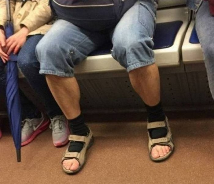 Funniest Fashion Fails That Will Make You Laugh (39 Photos)-02