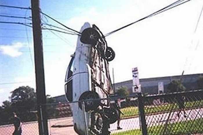 The Worst Driving Fails Ever That Will Make You Laugh (23 Pics)-05
