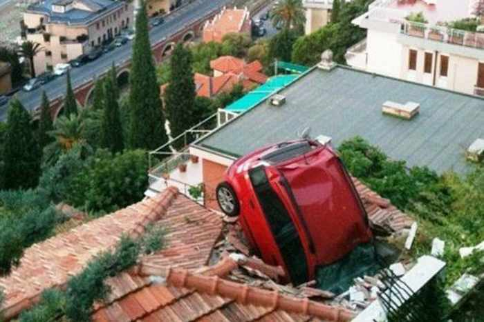 The Worst Driving Fails Ever That Will Make You Laugh (23 Pics)-08