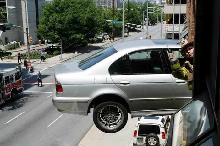 The Worst Driving Fails Ever That Will Make You Laugh (23 Pics)-14