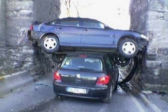 The Worst Driving Fails Ever That Will Make You Laugh (23 Pics)-18