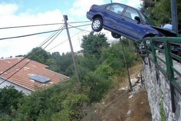 The Worst Driving Fails Ever That Will Make You Laugh (23 Pics)-23