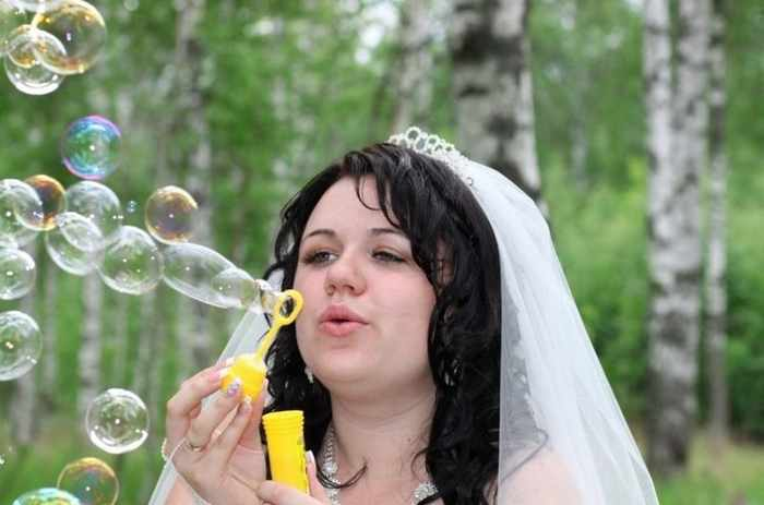Worst Russian Wedding Photos That Are Too Awkward To Handle (40 Pics)-13