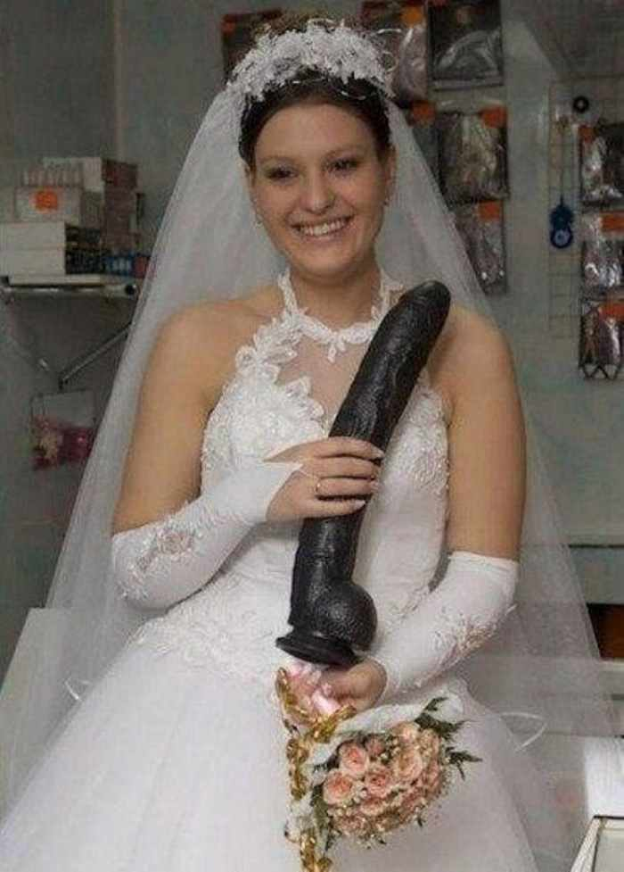 Worst Russian Wedding Photos That Are Too Awkward To Handle (40 Pics)-17