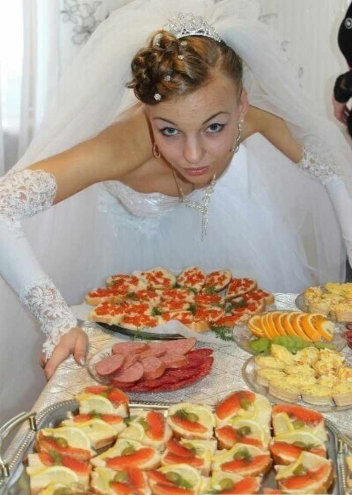 Worst Russian Wedding Photos That Are Too Awkward To Handle (40 Pics)-20