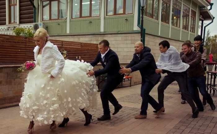 Worst Russian Wedding Photos That Are Too Awkward To Handle (40 Pics)-23